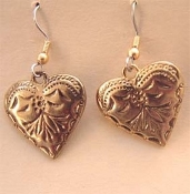 Vintage HEART EARRINGS - Valentines Day Gift Jewelry - Fancy Gold Metal -B