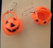 Vintage JACK-O-LANTERN TREAT PAIL EARRINGS - 3-d Halloween Pumpkin Costume Toy Charm Jewelry