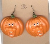 Scream PUMPKIN - JACK-O-LANTERN EARRINGS - Halloween Theme Screaming Funny Face Guy - Style #B. Dimensional Plastic Novelty Charms Costume Jewelry, each approx. 1.5-inch (3.75cm) diameter.